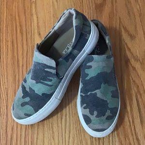 J/ Slides Platform Sneaker